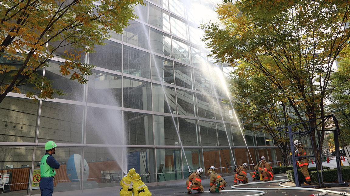 丸の内消防署との合同訓練